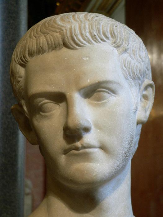 Римский император Гай Юлий Цезарь Август Германик./Фото: eternal-city.ru