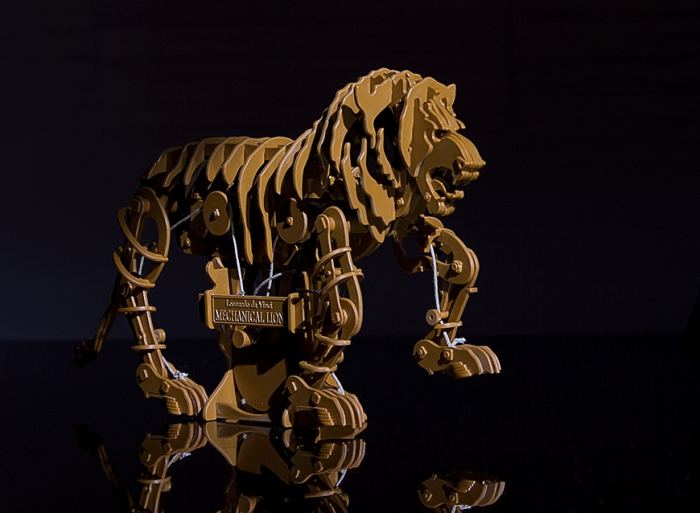 Механический лев Леонардо да Винчи. Современная реконструкция./Фото: img-fotki.yandex.ru