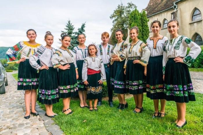 Подкарпатские русины до сих пор сохраняют старое название, веру своих дедов и культуру./Фото: ok.ru