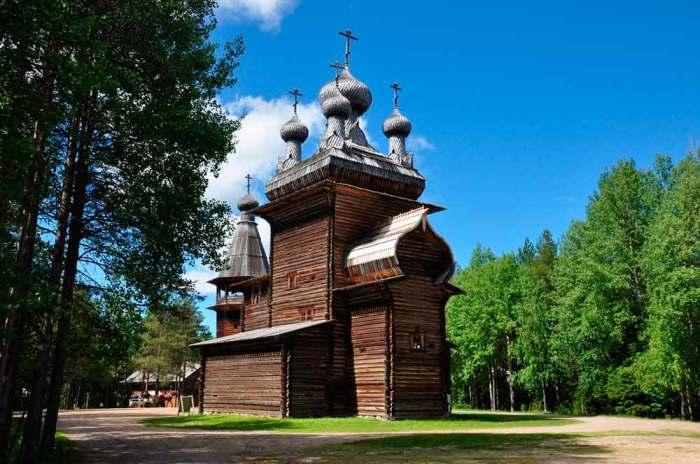Деревянное зодчество Поморья./Фото: www.ethnomuseum.ru