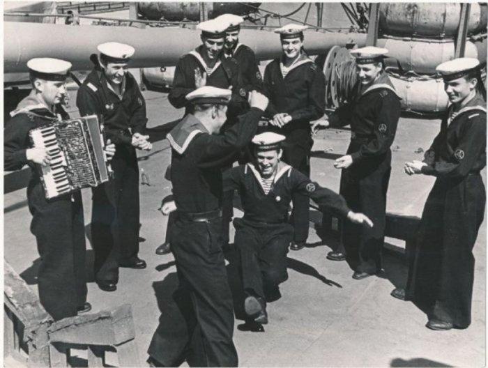 Советские моряки./Фото: g3.nh.ee