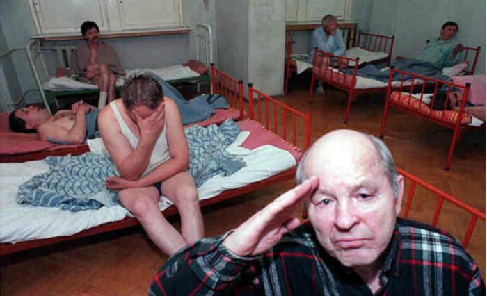 """Протрезвевшие наутро в вытрезвителе""""./Фото: 22-91.ru"""