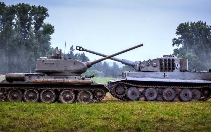 Танковая дуэль Т-34 и Пантеры./Фото: look.com.ua