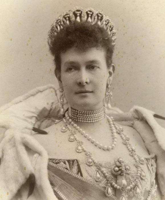 Великая княгиня Мария Павловна Романова (Мекленбург-Шверинская)./Фото: cs6.livemaster.ru
