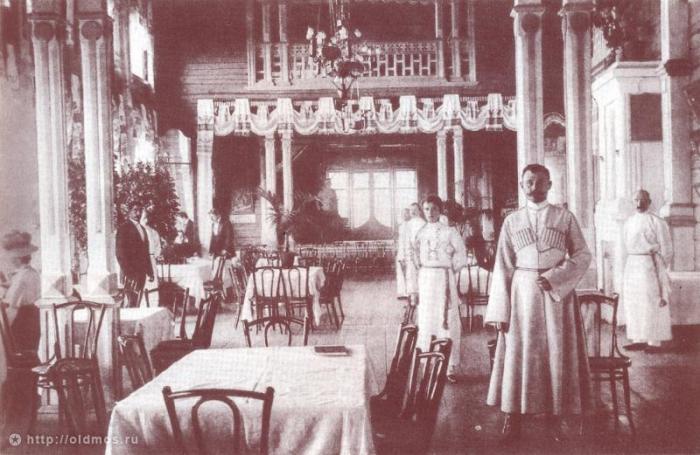 Рестораны национальной кухни стали возникать вслед за французскими./Фото: www.vertical51.ru