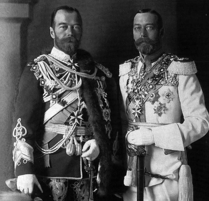 По бабушке Луизе Гессен-Кассельской (датской королеве) Георг V был двоюродным братом Николая II./Фото: avatars.mds.yandex.net