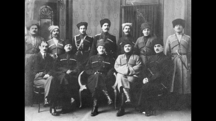 Лидеры Горской республики./Фото: i.ytimg.com