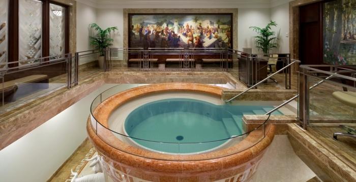 Крестильная купель в мормонской церкви