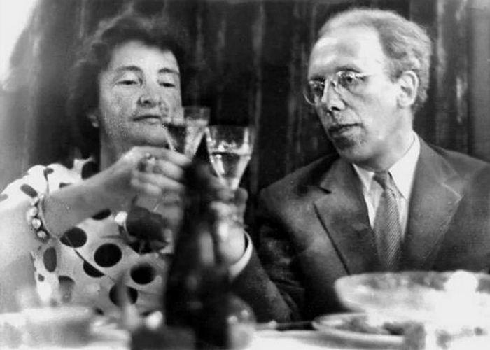 Маргарита Алигер и Даниил Данин./ Фото: e-reading.by