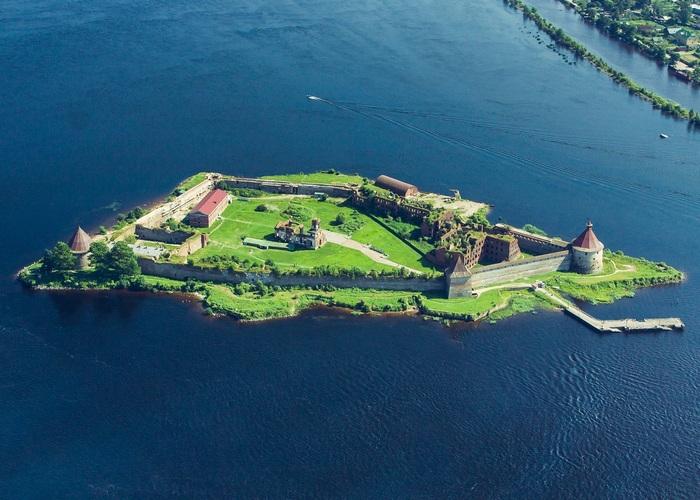 Шлиссельбургская крепость./ Фото: moscovery.com