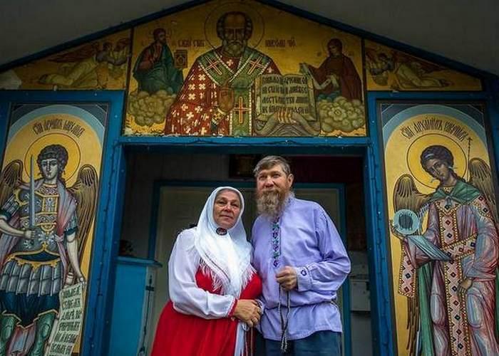 В церкви./ Фото: dofiga.net