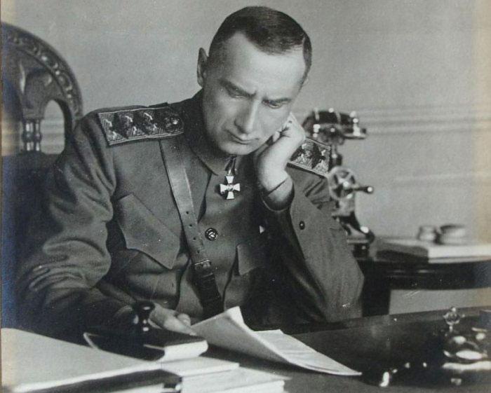 Александр Колчак в Сибири.
