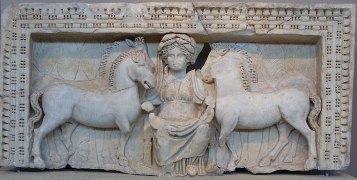 Эпона прижилась в Риме как родная.