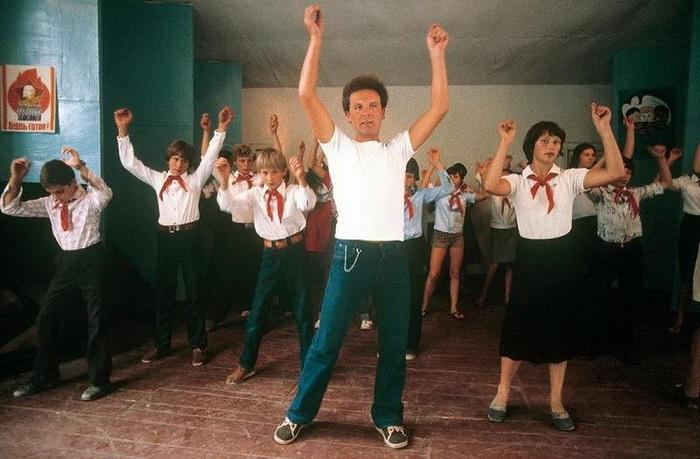 В СССР поощрялись коллективные игры и занятия.