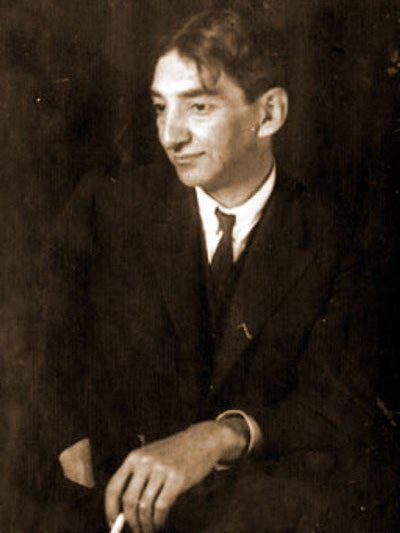 Рюрик Ивнев отличался рассеянностью только до тех пор, пока не вставал денежный вопрос.