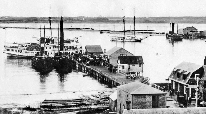Вид на один из причалов острова, 1900 год.