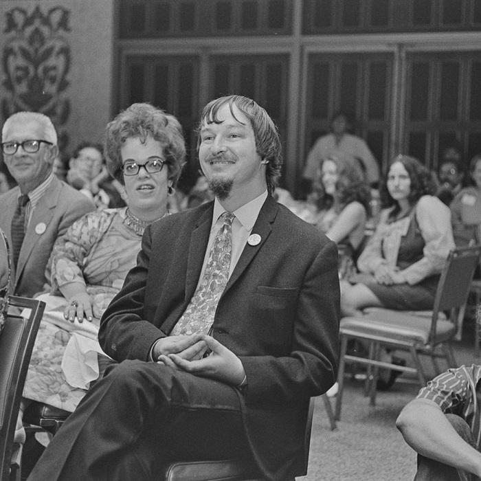 Джуди-Линн дель Рей на церемонии награждения Хьюго. Многим награждённым она стала крёстной мамочкой в области фантастики.