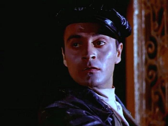 В фильме *Бой на перекрёстке* Лафара воплотил Максуд Иматшоев, а его имя опять изменили на Мишель, как и в *Интервенции*.