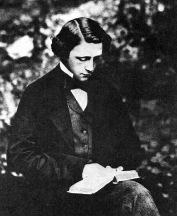 Льюис Кэрролл поддерживал женское образование.