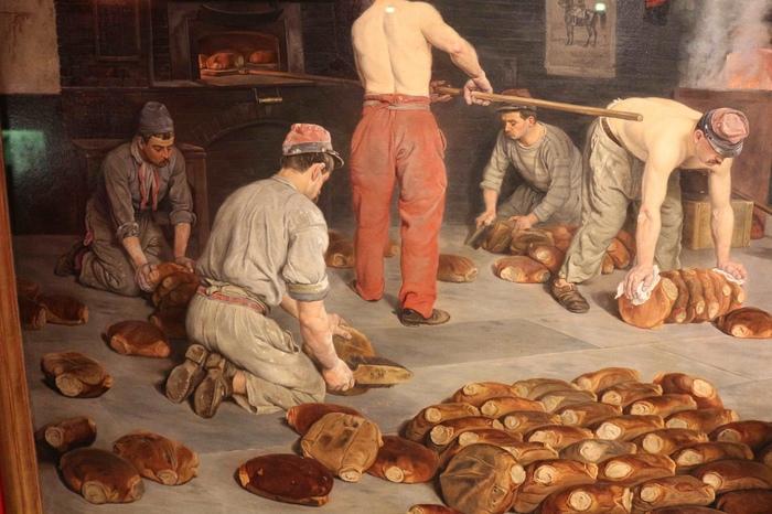 В немецкую булочную не надо было заходить, чтобы купить хлеба.