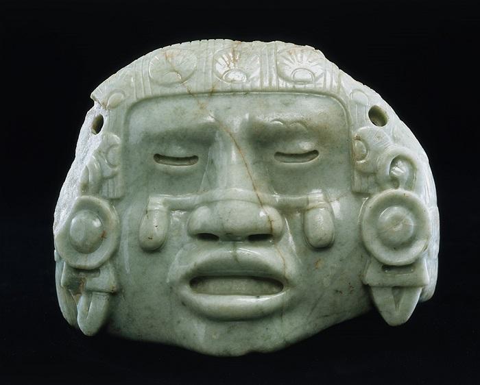В Мексике осталось немало изображений Койольшауки, богини с бубенчиками на щеках.