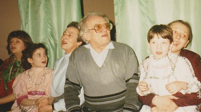 Виктор Столбун в центре.