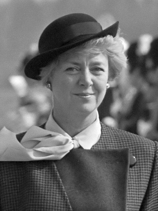 Первая женщина, избранная президентом страны.