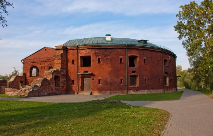 В боях с немцами крепость серьёзно пострадала