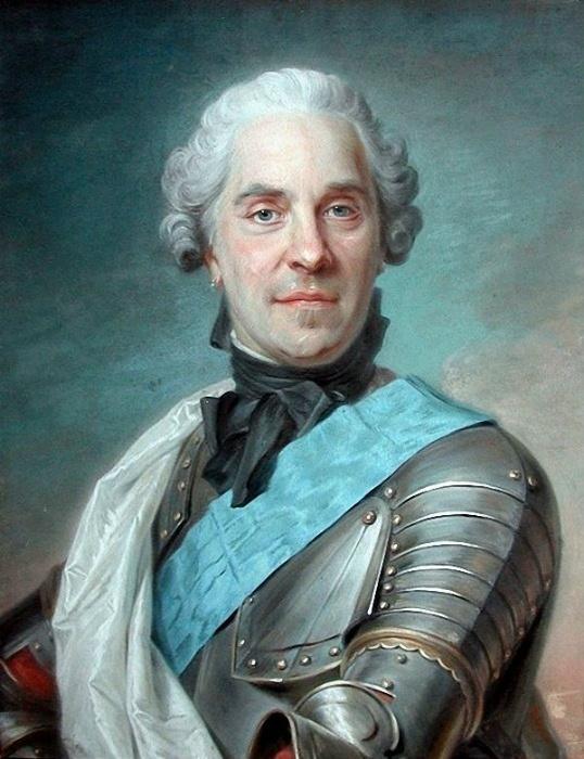 Граф Мориц моментально обаял русскую герцогиню.