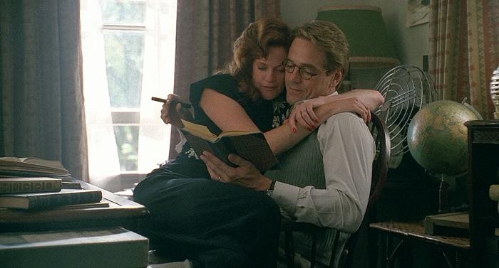 Кадр из фильма *Лолита* 1997 года.