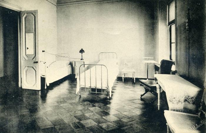 В СССР проводились эксперименты на добровольцах, но популярная история о месяце без сна на возбуждающем газе - фальшивка.