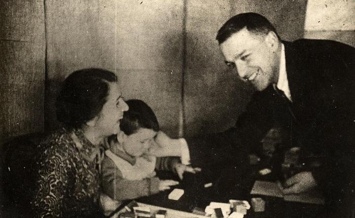 Фотография из семейного архива Выготских-Кравцовых.