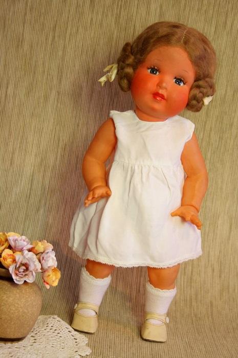 Французская целлулоидная кукла тридцатых годов.