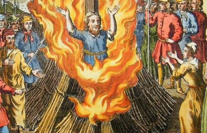 Не только Джордано Бруно: 5 учёных, которых сожгли на костре католики.