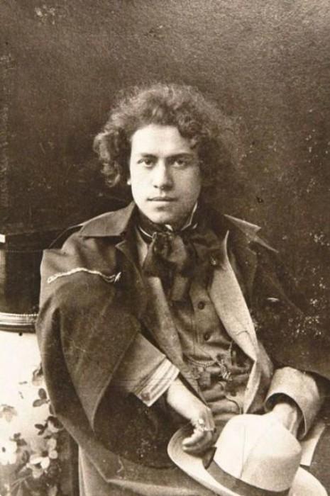 До революции продавались открытки с портретом Михаила Эрденко — для поклонниц.