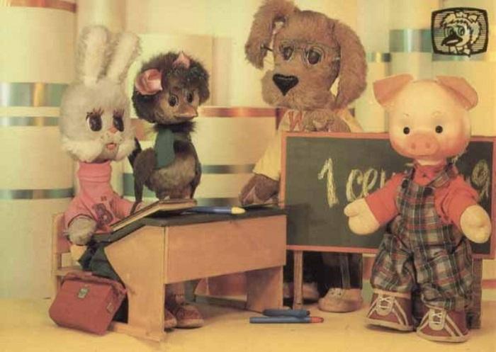 По легендам, в этих четырёх куклах должны были узнавать себя дети разных национальностей.