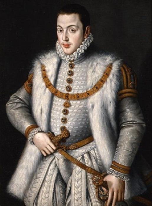 Несмотря на дурной нрав, Карлос вызывал у молодой королевы больше симпатий, чем его отец.
