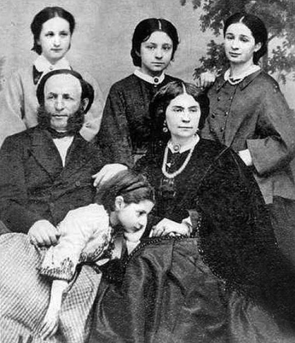 Семья Айвазовских.