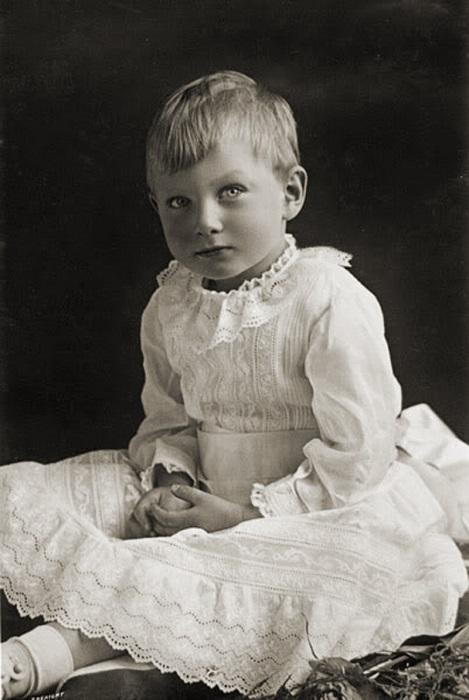 Принц Джон был настоящим ангелочком.