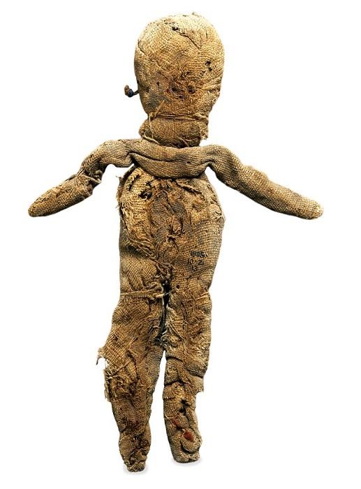 Тряпичной кукле трудно чем-то удивить.