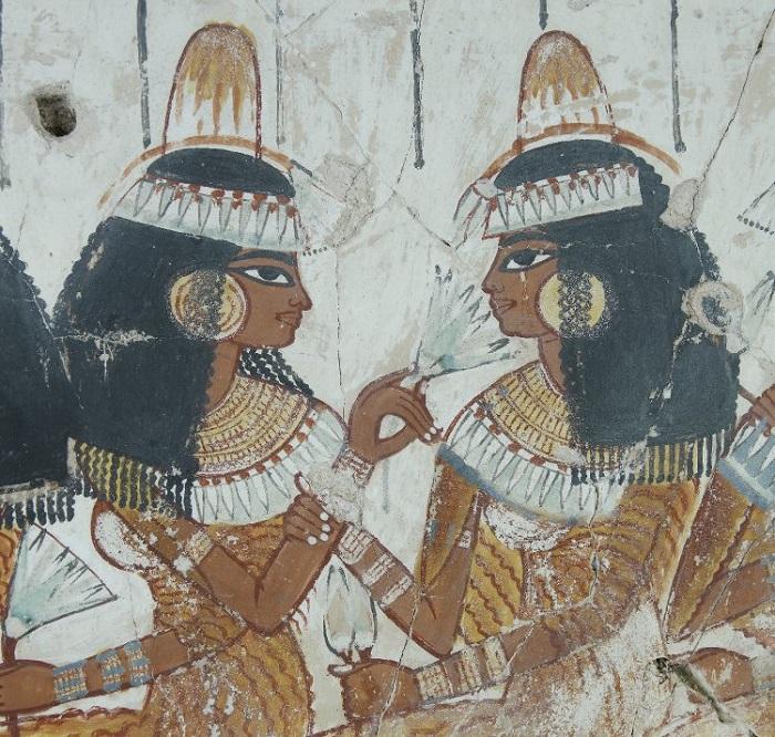 Найти портрет древнеегипетских близнецов очень трудно, потому что всех рисовали одинаково.