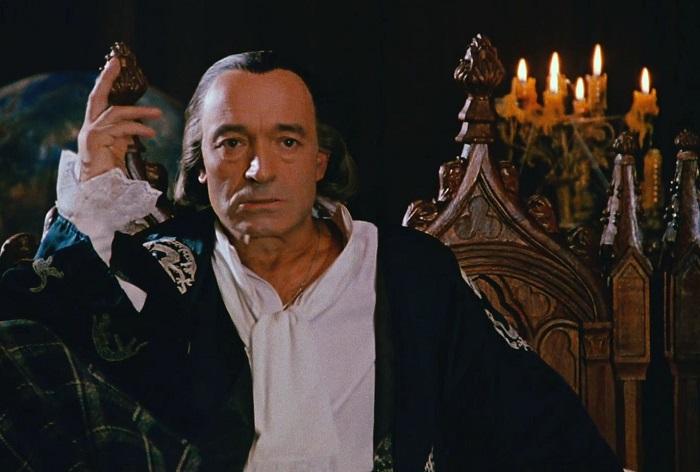 Гафт в роли Воланда в фильме *Мастер и Маргарита* 1994 года.