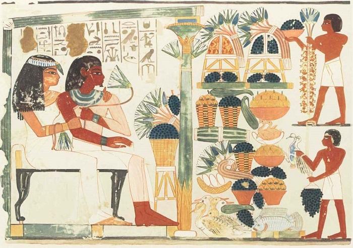 Интересно, что мужа и жену обычно изображали равновеликими фигурами.