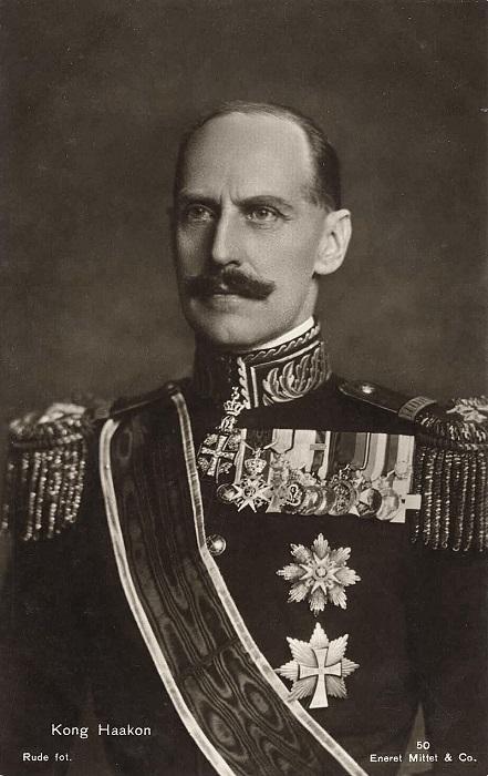 Король Хокон поступил, с точки зрения немцев, не в стиле арийского братства.