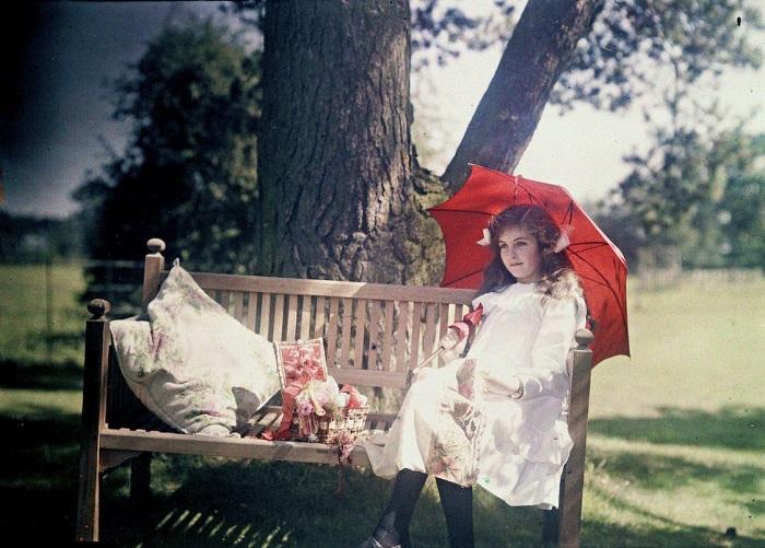 Двенадцатилетняя Ирис Лэнг в 1910 году.