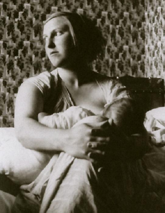 Мари-Терез с дочерью от Пикассо.