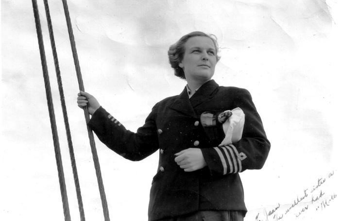 Революционные морячки и героини войны: Как женщины проложили себе дорогу на флот.