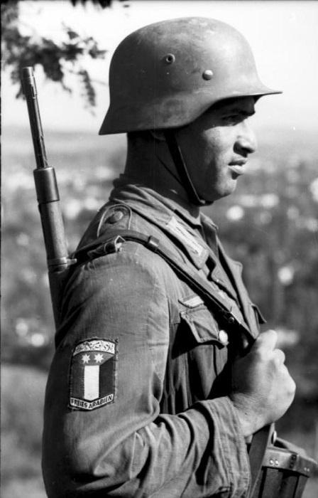 Солдат легиона *Свободная Аравия*.