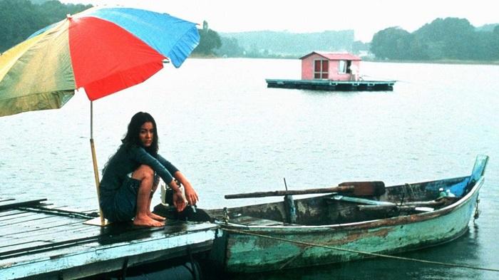 Кадр из фильма *Остров* 2000 года.