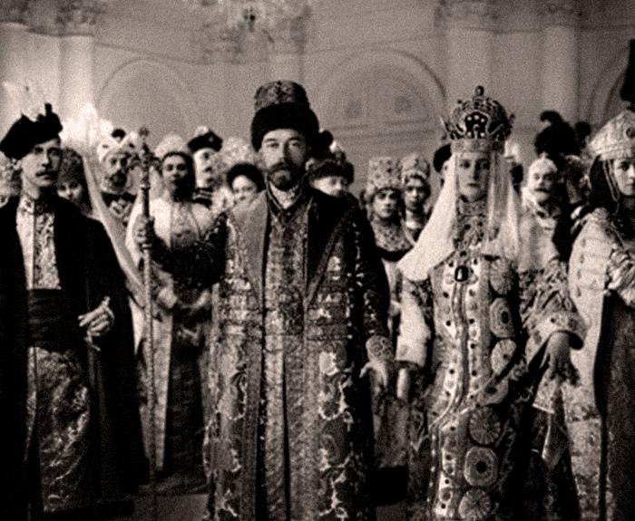 При Николае II вспыхнула мода на русские историю и народную культуру.